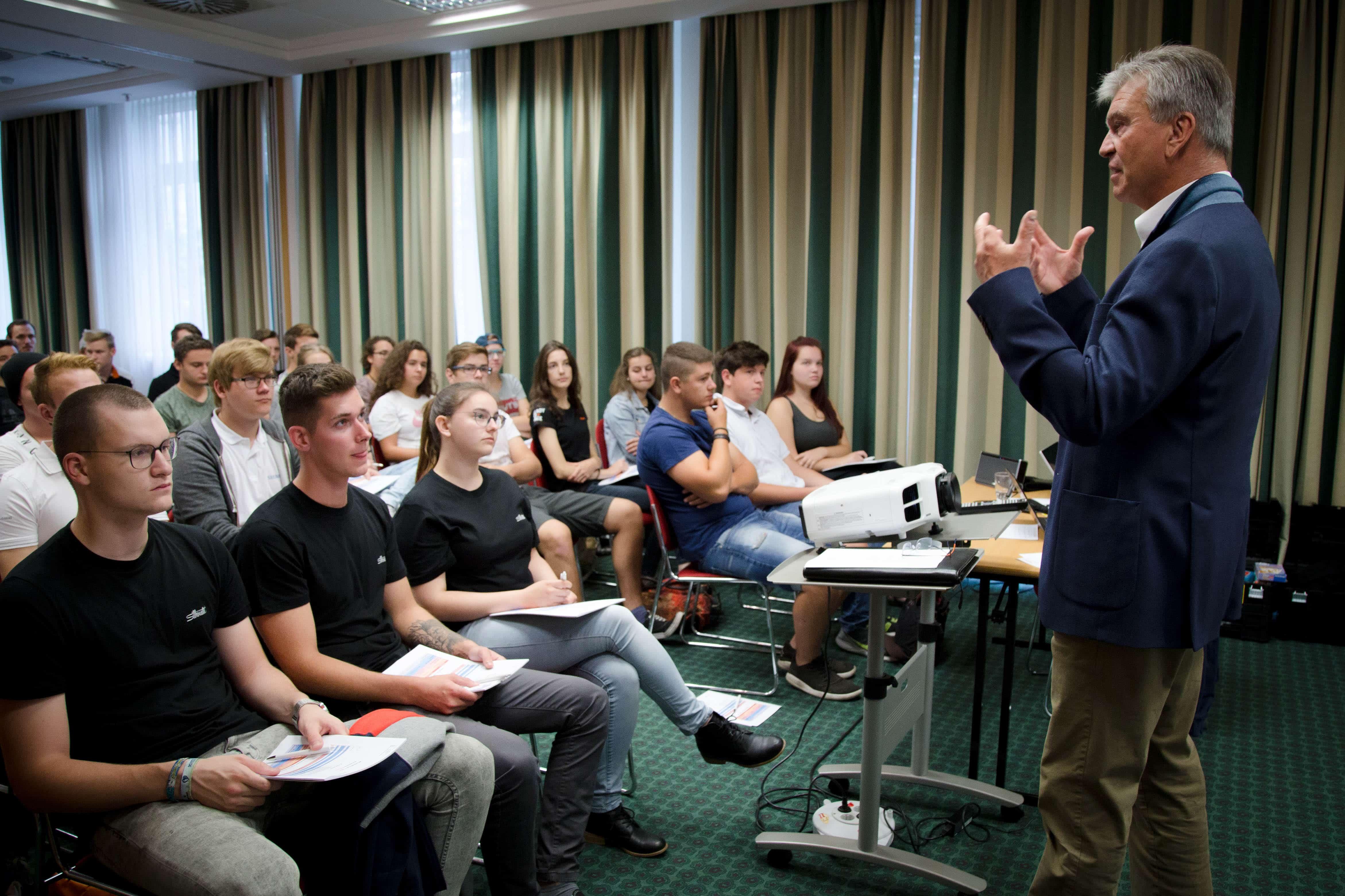 Lehrlings-Workshop erlebnis.lehre. - großartiger Workshoptag mit über 50 Lehrlingen in Kooperation mit HeartBeat